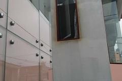 Fachada integral de vidrio